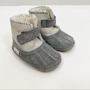 Robeez Leather Sherpa Lined Booties 6-12 Month